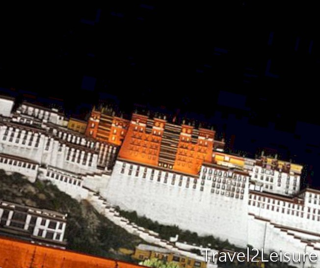 Potala-Palast in der Nacht