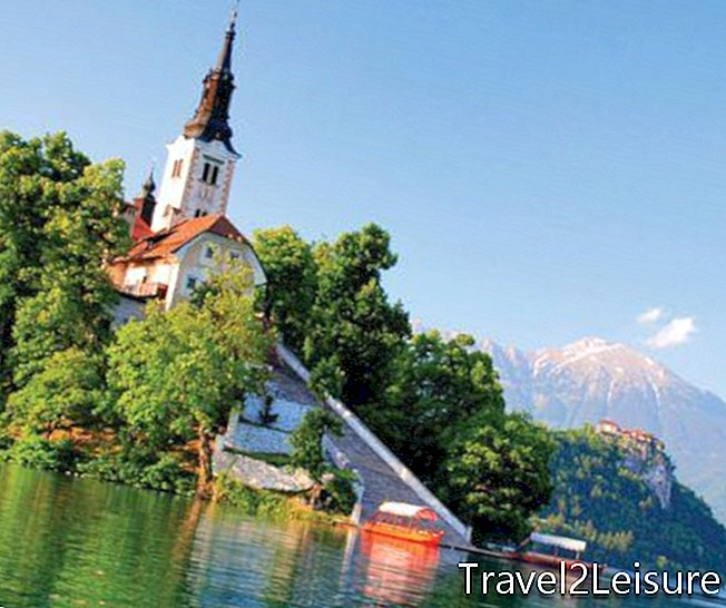 Slovénie_shutterstock_st église martin, lac bled-small